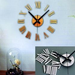 Stick-pe ceas de perete din plastic GOLD Roman
