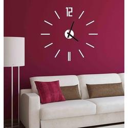 Ceasuri moderne în camera de zi ERIKA