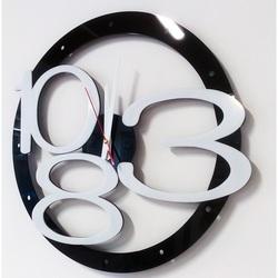 Nowoczesny zegar ścienny ekskluzywny projekt, kolor: czarny, biały numer, kolor rączki: biały