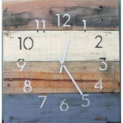 Drevené hodiny na stenu rustikálne elizej .