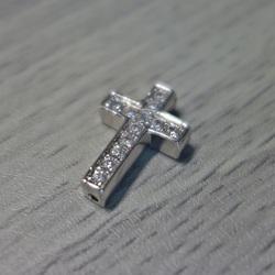 Metal cruce cu zirconi - argint