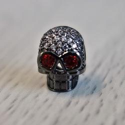Craniu metalic cu zirconi - negru
