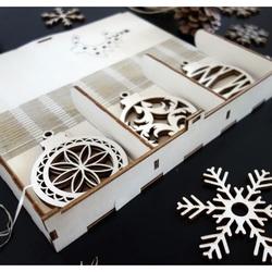 Decoratiuni din lemn de Crăciun, set conține 18 piese