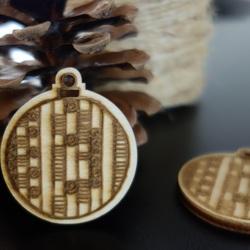 Decoratiuni de Craciun din lemn, dimensiune: 48x42 mm
