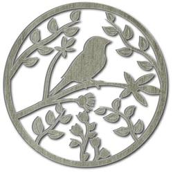 Pictura din lemn pe un perete de placaj este deja o pasăre de primăvară